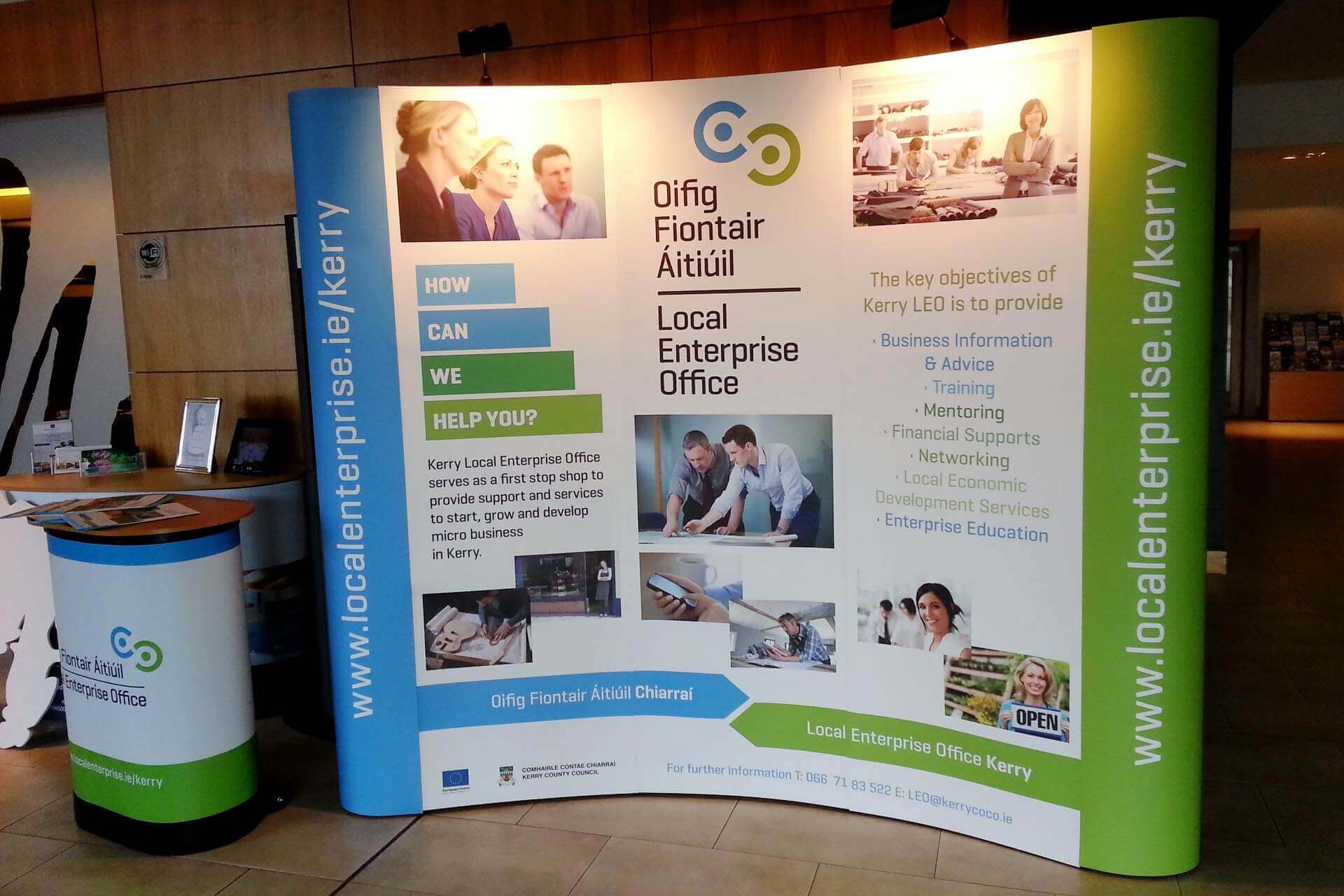 Pop Up Exhibition Stand : Pop up display stands exhibition stands dsigns