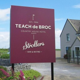 Teach de Broc - Free-Standing Sign