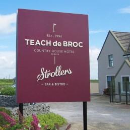 Teach de Broc - Free-Standing Sign