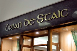 Brian de Staic Jewellers - Mirror Gold Channel Lettering